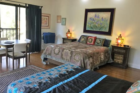 Churingas Bed and Breakfast - Traveston