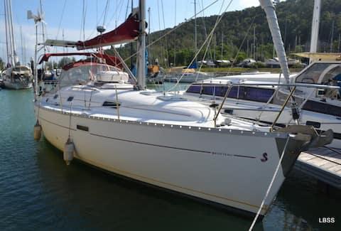 Sailboat Carpe Diem - Bed on Board