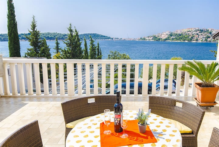 Two Bedroom Apartment, beachfront in Rogoznica, Outdoor pool, Terrace