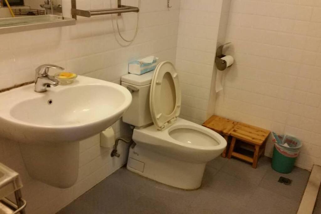 宽敞的卫生间