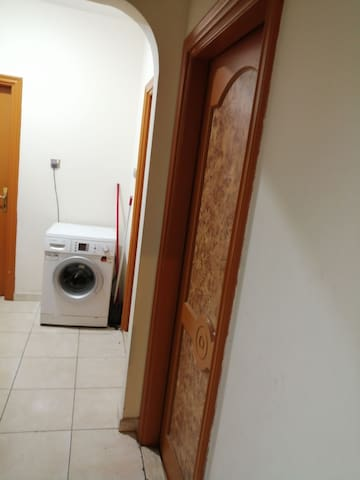 Rooms in very cheap price nearby metro