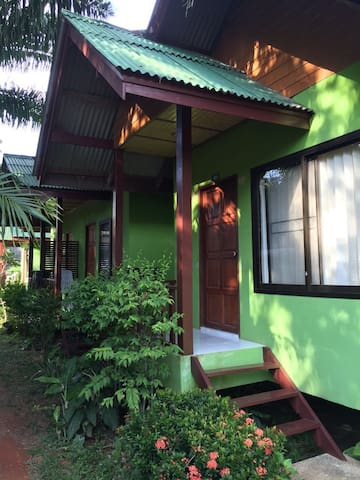 Bungalow with Fan - Ko Lanta Yai - Hus
