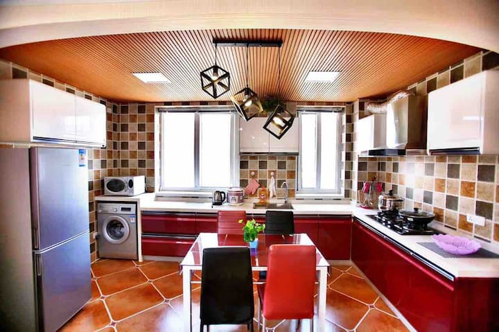 北戴河浪漫爱琴海度假公寓  可做饭  鸽子窝临海  免费停车位