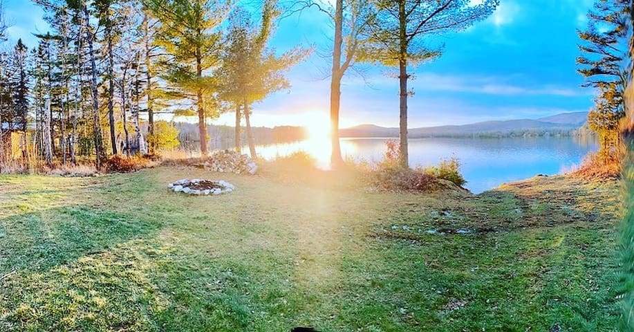 Heavenly Maine Lakefront Retreat