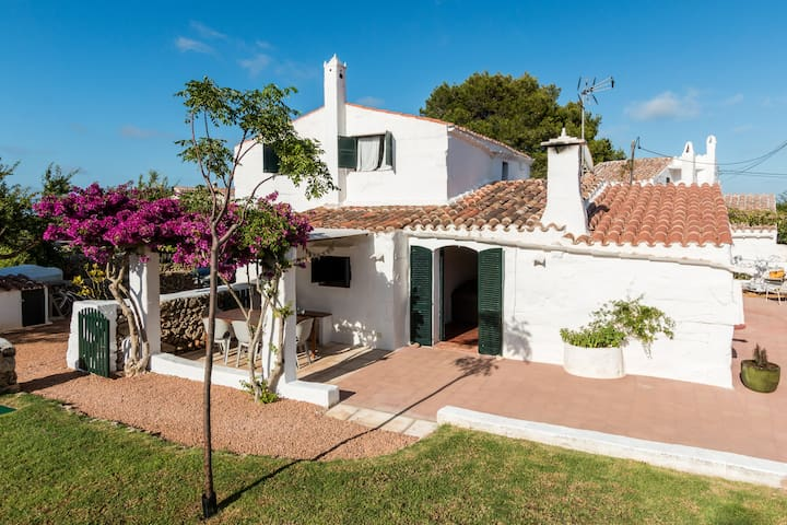 Wonderful antic Villa.Perfect for family vacation!