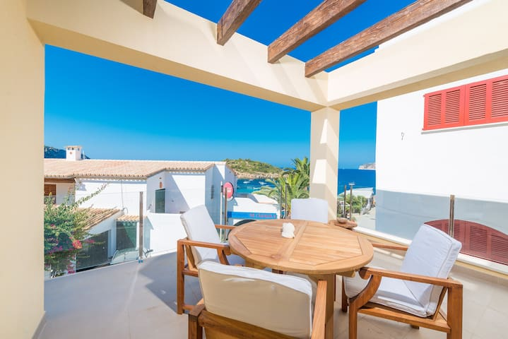 Boira Laia - sea view apartment in Sant Elm - Sant Elm - House