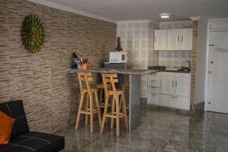 Apartamento acogedor en El Laguito - Appartement