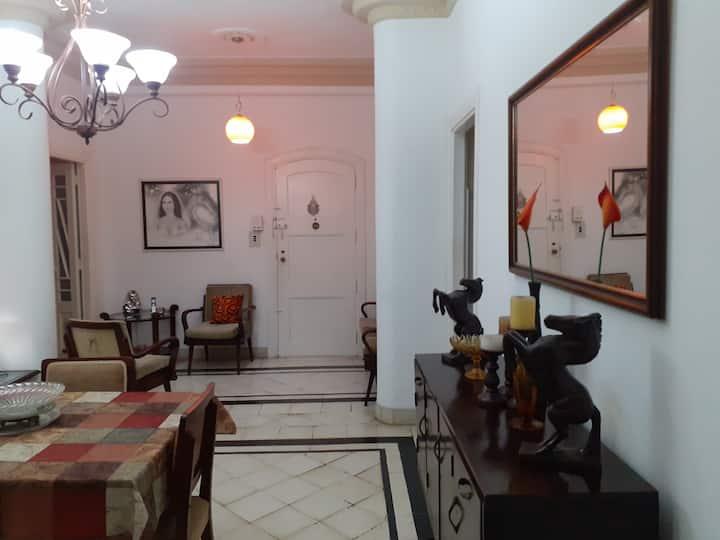 Very Nice Room in front Hotel Habana Libre-Vedado.