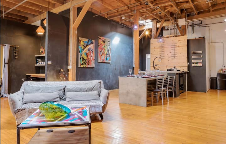 **Artist loft in downtown Los Angeles**