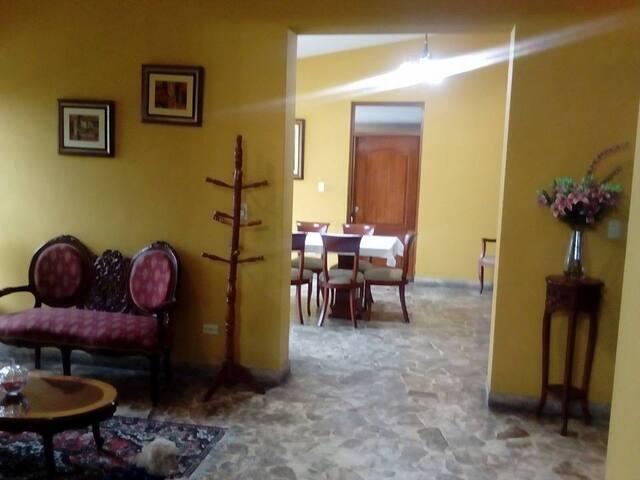 Casa Hospedaje en la Molina