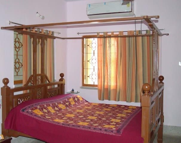 Ava Rani-Mandira's Home(Ethnic Homestay),WI-FI