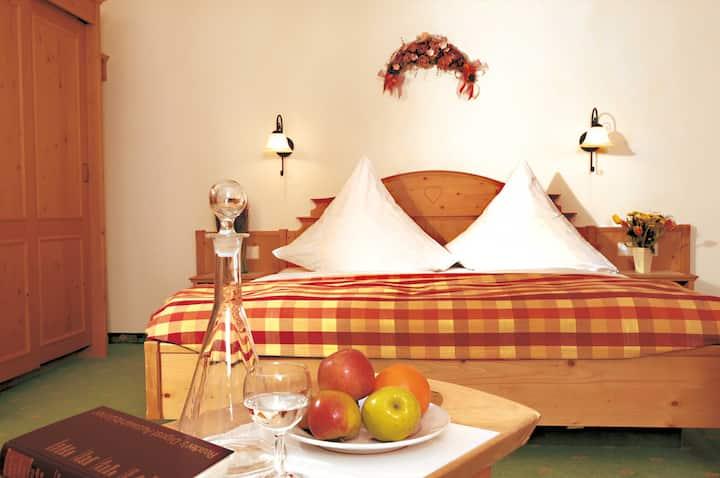 Hotel zum Breitenberg, (Bad Peterstal-Griesbach), Doppelzimmer mit Balkon, 28qm