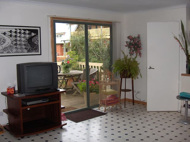 Peaceful Vintage Country Cottage, Queenscliff - Wallington - Kulübe