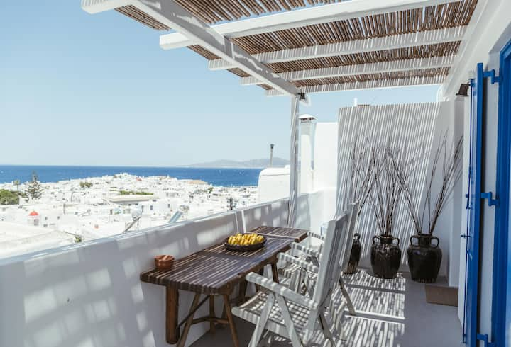 Central local living in Mykonos, main town