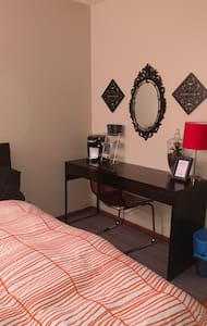 Comfortable private guest room close to everything - โคลัมบัส - อพาร์ทเมนท์