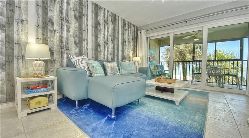 AD102: Beautiful  Oceanfront Condo in Desirable Madeira Beach with Abundant Amenities
