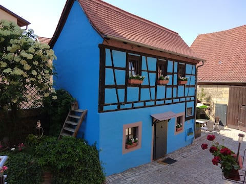 Little Bavarian Cottage in Romantic Stadt...