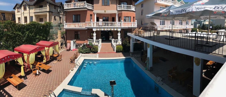 Гостевой дом ЛЮБОМИР стандарт 2-х местный