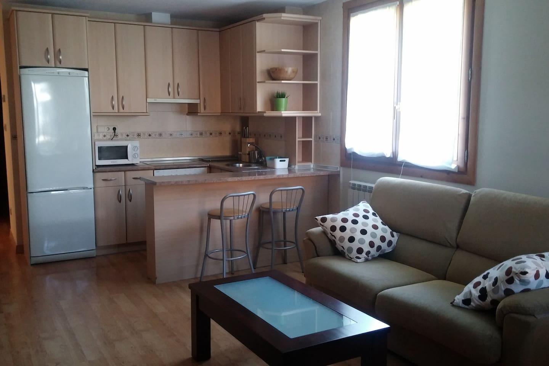 Biescas Apartamento 2 Dormitorios Apartamentos En Alquiler En  # Muebles Biescas