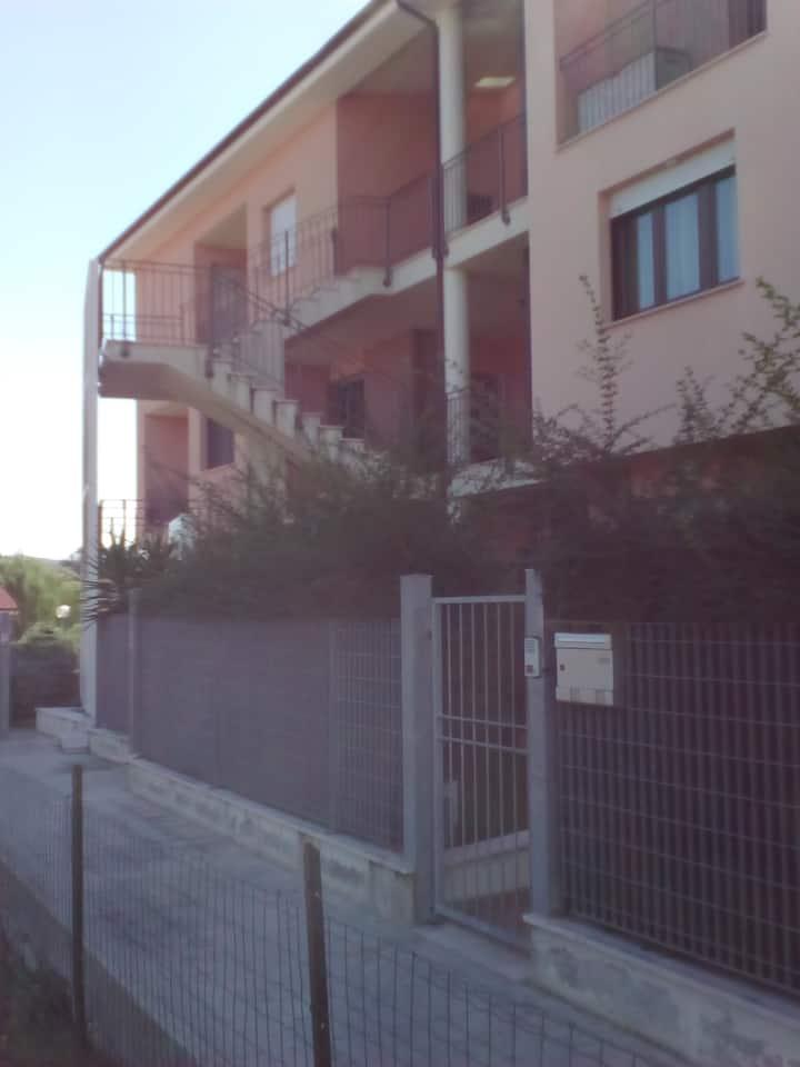Casa nuova e colorata a Collemarino
