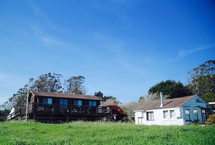 Spectacular Ocean & SF Views, Family Beach House! - Bolinas - Casa