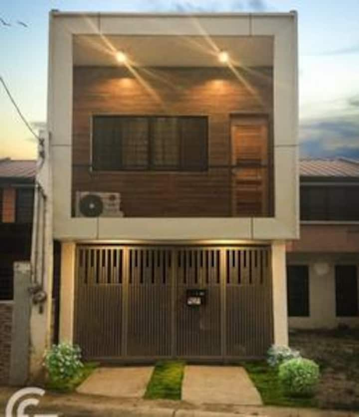 Deca Homes Residence- Clark Freeport