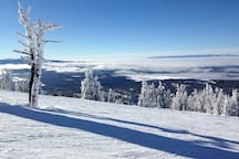 Lakeview chair atop Brundage Mountain