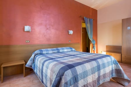 Best price/quality double! - Campello Sul Clitunno - House