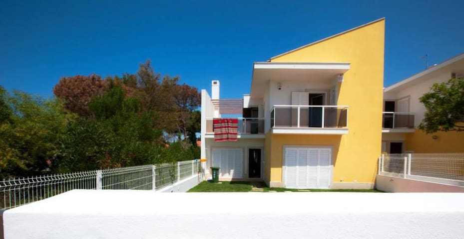 Lagoa de Albufeira - Beach House
