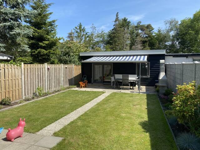 Rustig gelegen woning in Zeeland met ruime tuin
