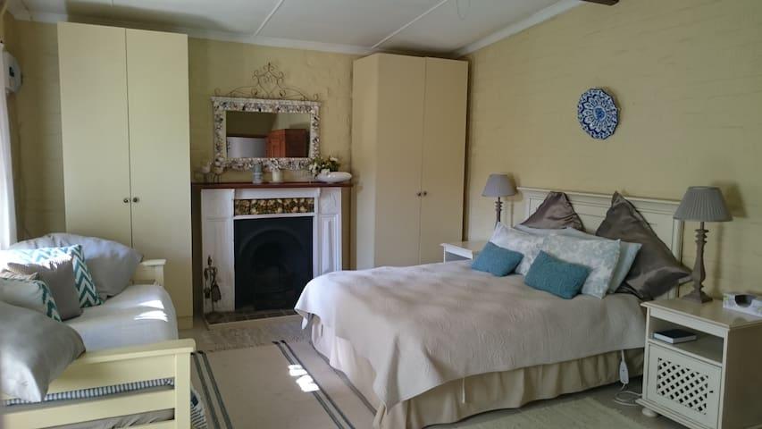Abigails Garden Cottage - Montagu - Apartemen