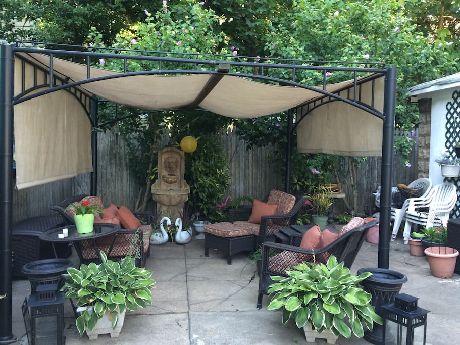 Access the beautiful backyard for brunch or lunch
