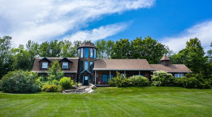 Grand Waterfront Log Home on Lake Champlain