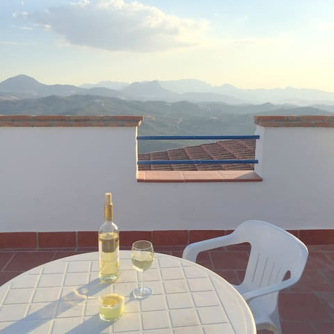 Panoramic Views in the Heart of Andalucia