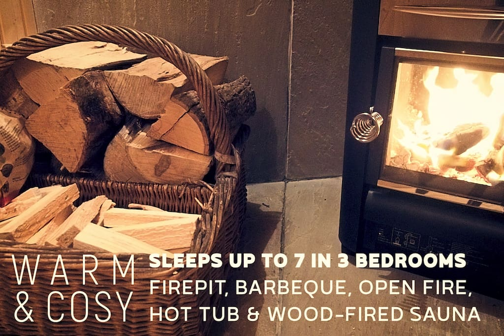 Log basket for woodfired sauna cabin