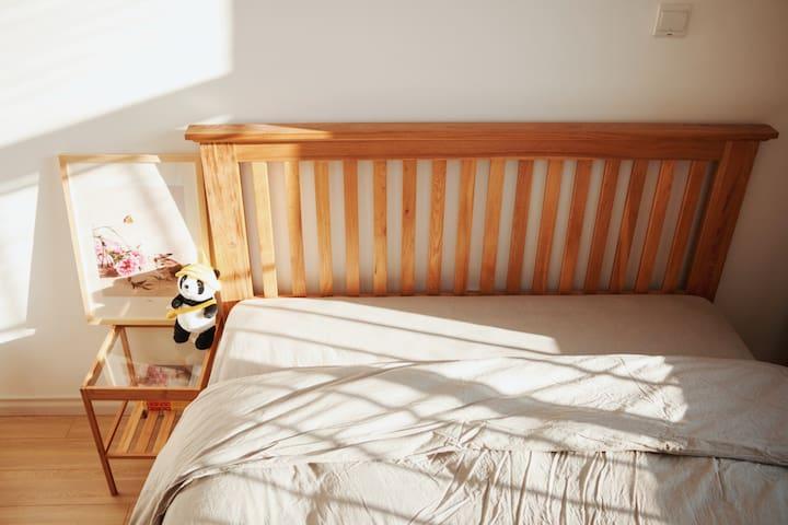 卧室(小灰)