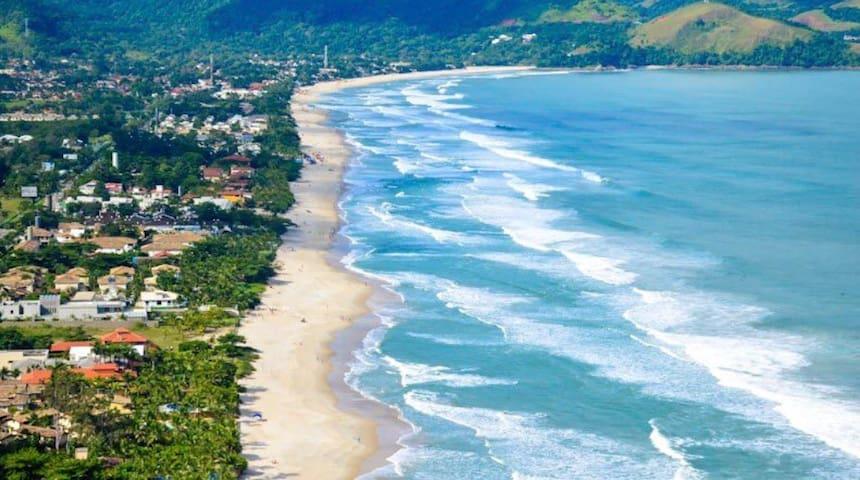 Praia dos sonhos Maresias (50m do Mar)