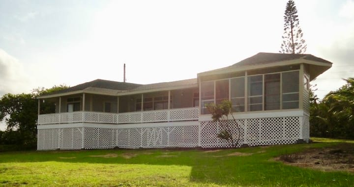 2 Bedroom / 2 Bath Discovery Harbour Home on Golf Course