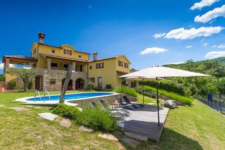 Villa Bacula - Pazin