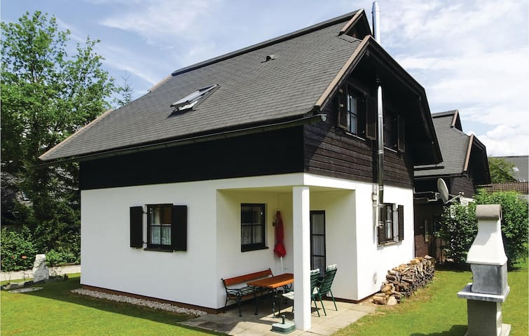 Holiday cottage with 3 bedrooms on 88m² in Feistritz im Rosental