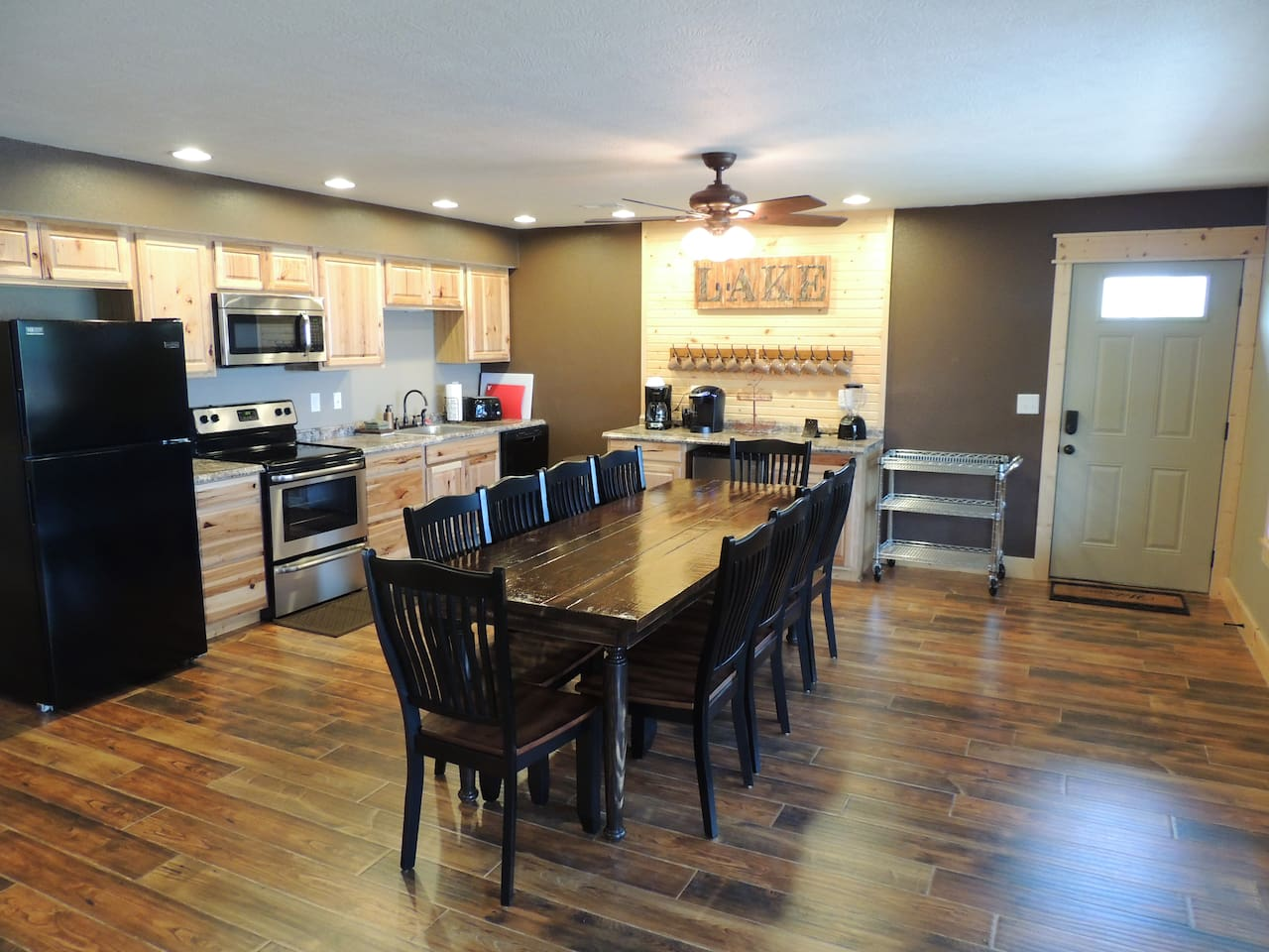 Spacious open kitchen and living room (2 of these)