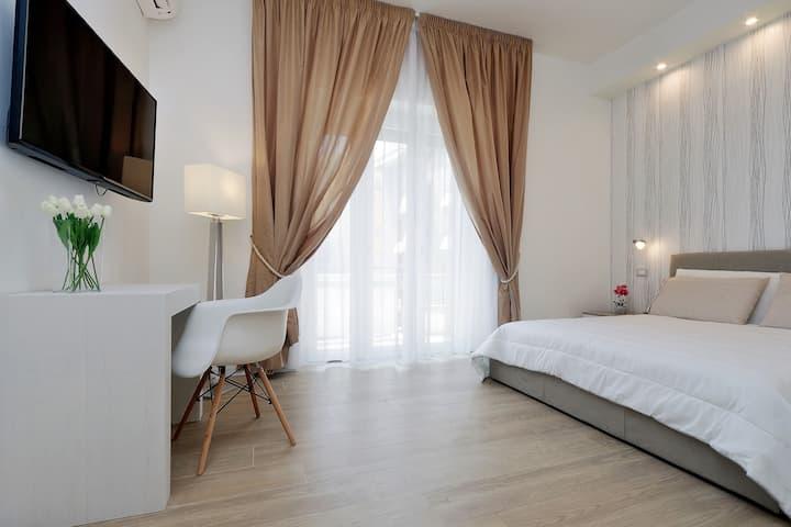Jenner design apartment Selfcheckin 4 pax CVSROMA