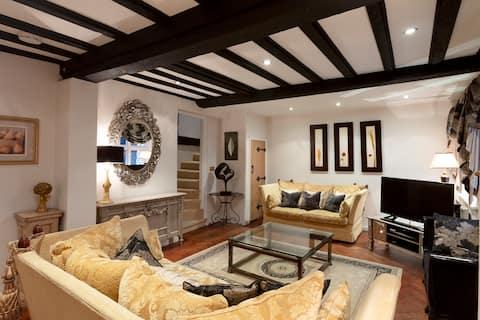 Luxury Eton Cottage, 5 minutes from Windsor Castle