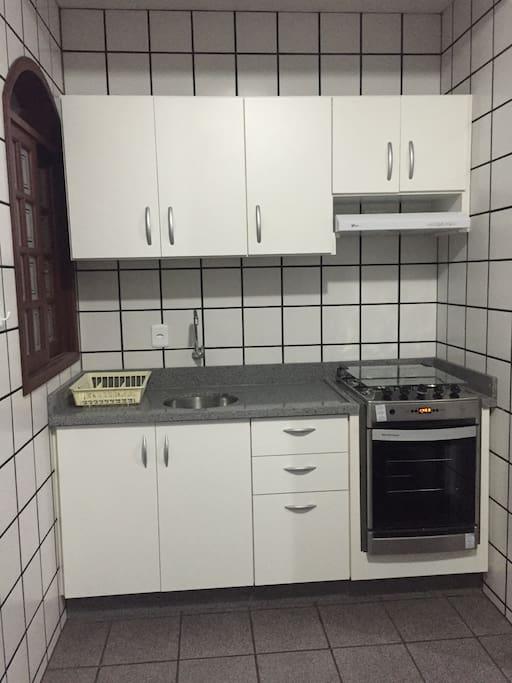 Cozinha do apartamento de 3 dormitórios.