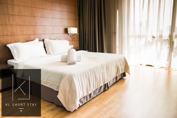 KLCity AWESOME Infinity Pool 1BR D\9#6 吉隆坡一房公寓