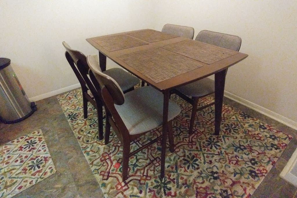 Comfortable Dining Table for 4