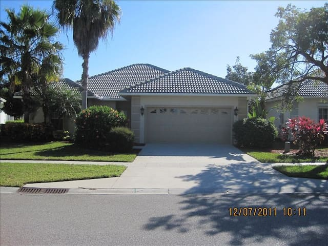 3 bedroom golf course home/Summer Special - Naples - House
