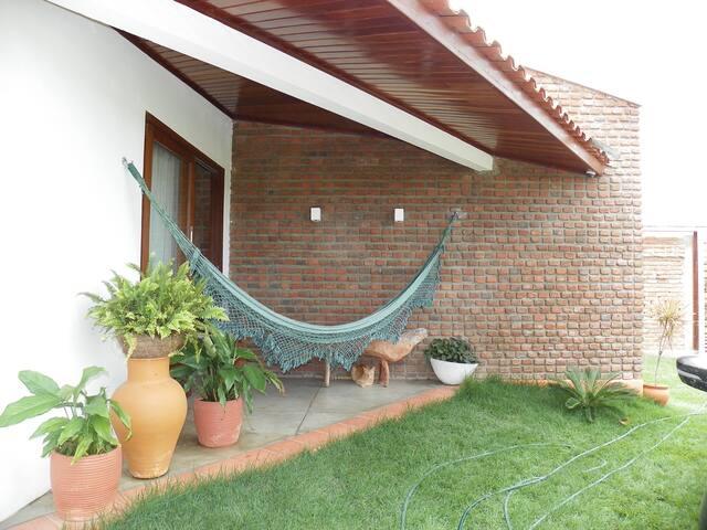 Suite com varanda no Alto do Moura em Caruaru - Caruaru - Maison