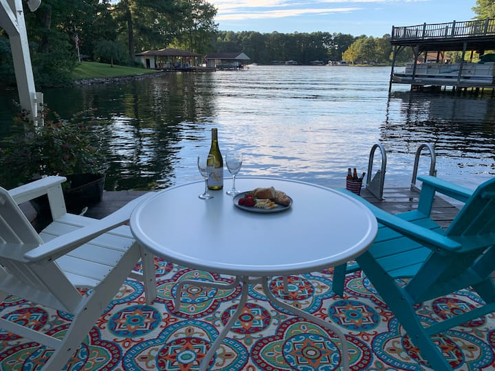 Serenity at Lake Gaston - Water-front House