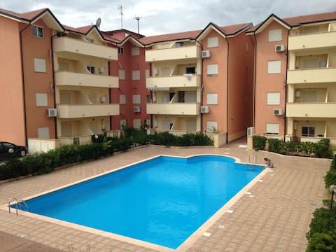 Apartment in quiet location close to the beach
